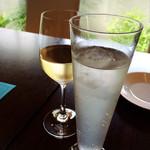 ステラ カデンテ - 白ワインとソフトドリンクで乾杯♪