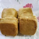 池谷冷菓店 - 料理写真:今川焼w