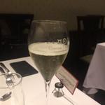 オステリア ラストリカート - スパークリングワイン