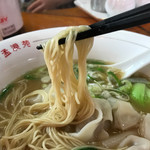 孟渓苑 - 麺のリフト ラーメン用の細麺です