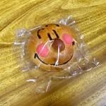 パン工房 Moomo - 料理写真:アンパンマン(120円)