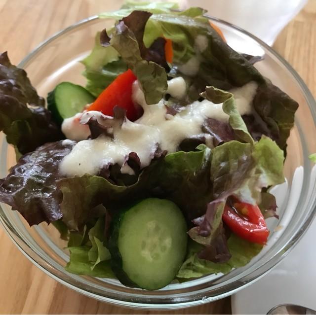 トレ プンティーニ - サラダ。 美味し。