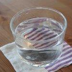 けんちくとカフェ kanna - お冷や入ってるグラス