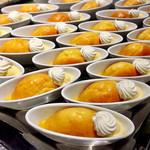 69653302 - パッションサバラン@キリッと酸味のパッションフルーツシロップでひたひたのババ。カスタードと甘いメレンゲでまろやかに。普通のサバランと思って食べたら目が覚めた!