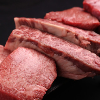 分厚いのに柔らかいお肉が特徴です!!