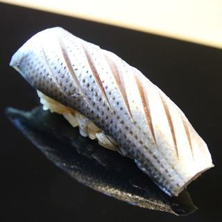 ◆小鰭(コハダ)のにぎり◆