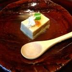 69660130 - まずは蟹味噌豆腐から