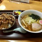 69660892 - 焼肉丼セット…700円