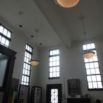 今津ヴォーリズ資料館 - 天井が高いので解放感があります。
