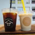 69663130 - アイスコーヒー&ハニーローストピーナッツバナナジュース