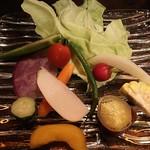 農家の野菜×創作料理 101 - 101風バーニャカウダWソース(ハーフサイズ)680円