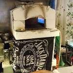 カーサ デルマーレ - Casa DELMARE @西葛西 薄い生地のピザを2分で焼き上げるというガス石窯