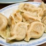 吉林菜館 - 水餃子