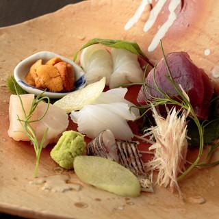 """佐賀牛や比内地鶏、産地直送の食材で豊富な""""旬""""を味わう"""