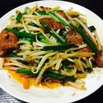 天龍坊 - 料理写真:にらレバ炒め(600円)