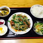 天龍坊 - にらレバ炒め定食(単品600円+250円)