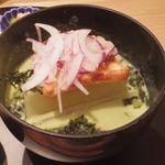おだし東京 - 鱸のパイ焼きとブロッコリーのすり流し