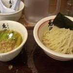人形町 兎屋 - つけ麺(並盛)(850円)