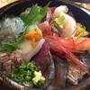 すし・魚処 のへそ  - 料理写真:高級海鮮ちらし丼