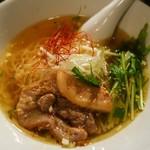 69672313 - 玄瑛拉麺(潮薫醤油ラーメン)