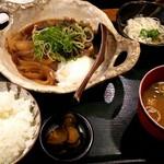 大坂おでん 久 - じっくり煮込んだ肉豆腐膳♪
