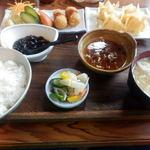 治作 - お好み定食 910円