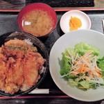 69674313 - 2017.7.6。牡蠣天丼 850円