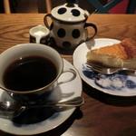 眞踏珈琲店 - コーヒーとケーキ1200円