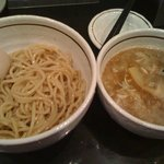 麺商つけ麺 志堂 - つけ麺・煮玉子
