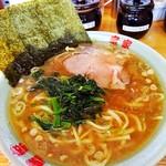 竜家 - 味濃い目、麺固め、麺は酒井製麺です。( ˙ᵕ˙ )