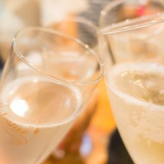ビール、カクテル、ワイン、アルコール類もございます♪