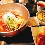 69696775 - 冷麺と牛タンカツ
