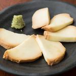 モッツアレラチーズの醤油漬け