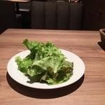 umineko ebisu - ランチにつくサラダ