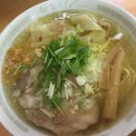 支那そば 一麺 - 塩ワンタン麺(880円)