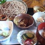 平氏ヶ原 - 珍しい、味噌おろしざるそば