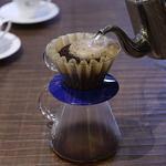 カフェ ド アレーゼ - ドリンク写真:珈琲は、丁寧にハンドドリップさせていただきます。