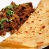 ムガルカフェ - 料理写真:ケバブパラタ。もっちりとした焼きたての生地と柔らかくてマイルドなチキンの相性が抜群。