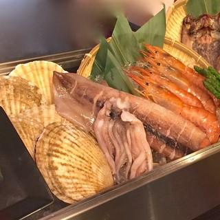 小樽前浜ならではの新鮮魚介を毎日仕入れ!