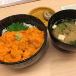 函館うに むらかみ - 利尻、礼文のエゾバフンウニ丼