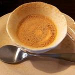 カフェアンドダイニング パコ - 自家製プリン黒蜜きな粉