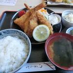いたこ丸 - フライ定食(900円)