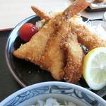 いたこ丸 - フライ定食のフライ
