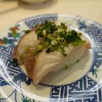 にこにこ寿司 - 塩ぶり