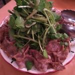バルフェザース - イベリコ豚ソテーサラダ
