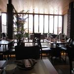 チャイニーズガーデンレストラン 深記 - 内観:テーブル席
