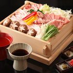 吉里 - 料理写真:国産秀麗豚のせいろ蒸し