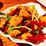Rensoutei - 『鶏とパクチーの唐辛子炒め(ハーフ)』様(880円)
