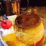 名曲・珈琲 麦 - プリン(自家製)¥450とドリンクセット+¥150でアイスコーヒー(2017/7現在)