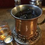 名曲・珈琲 麦 - 真鍮のカップで冷え冷え♪適度な苦味が◎